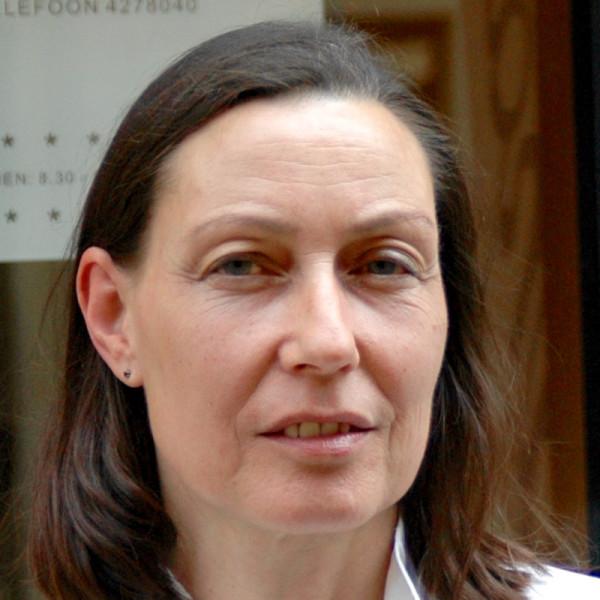 Inge van der Kooy - Assistente